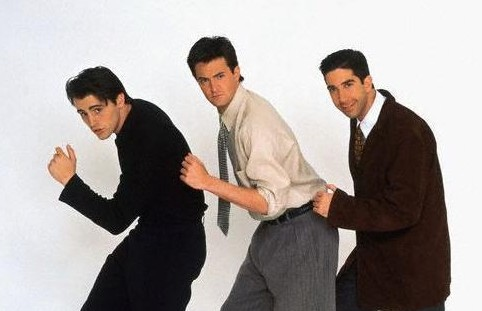 Joey-Tribbiani-Chandler-Bing-and-Ross-Geller-joey-chandler-and-ross-16243639-585-469 2